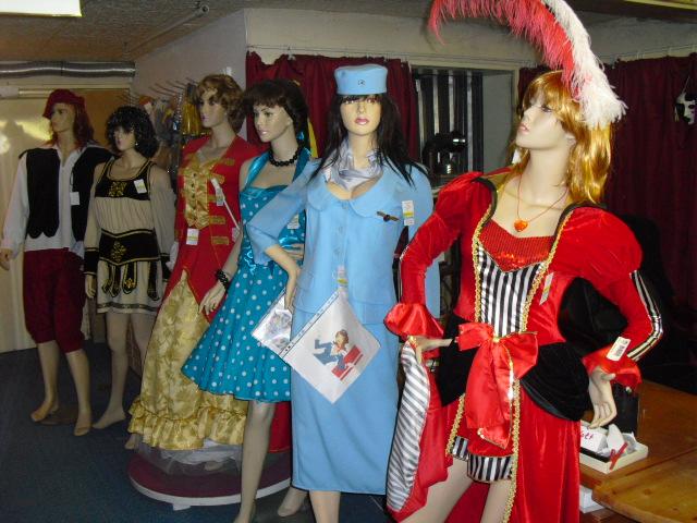 CanCan, 60er Jahre Stuadess, 50er Jahre, Venezia, Römische Kostüme, Bauernkostüm