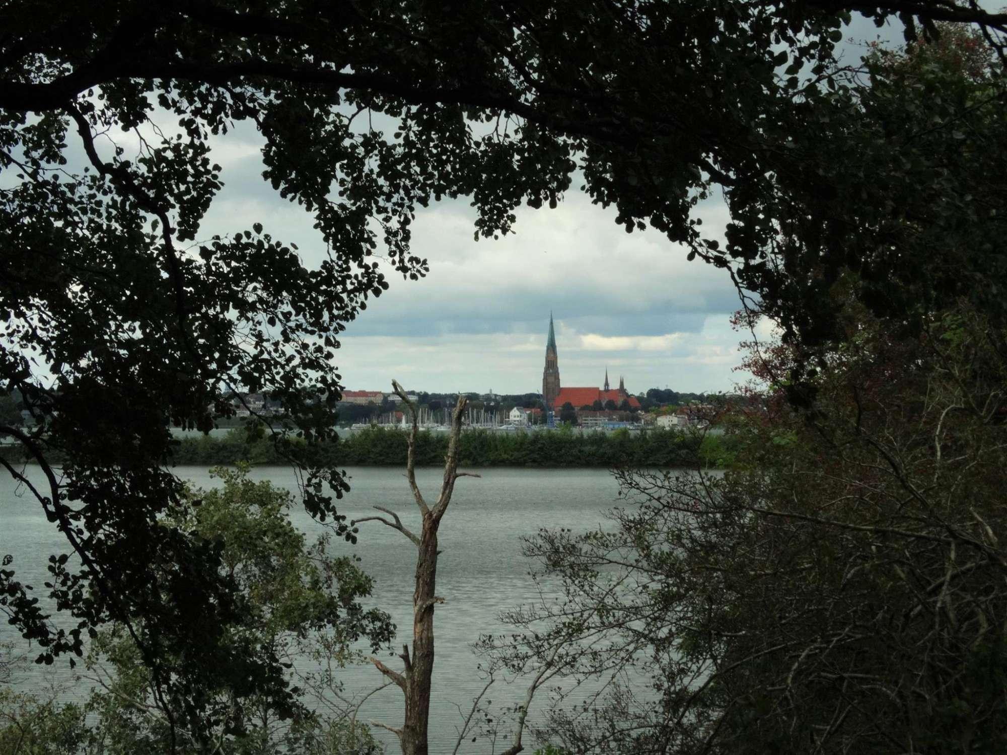 Urlaub an Ostsee und Schlei - Blick auf Schleswig