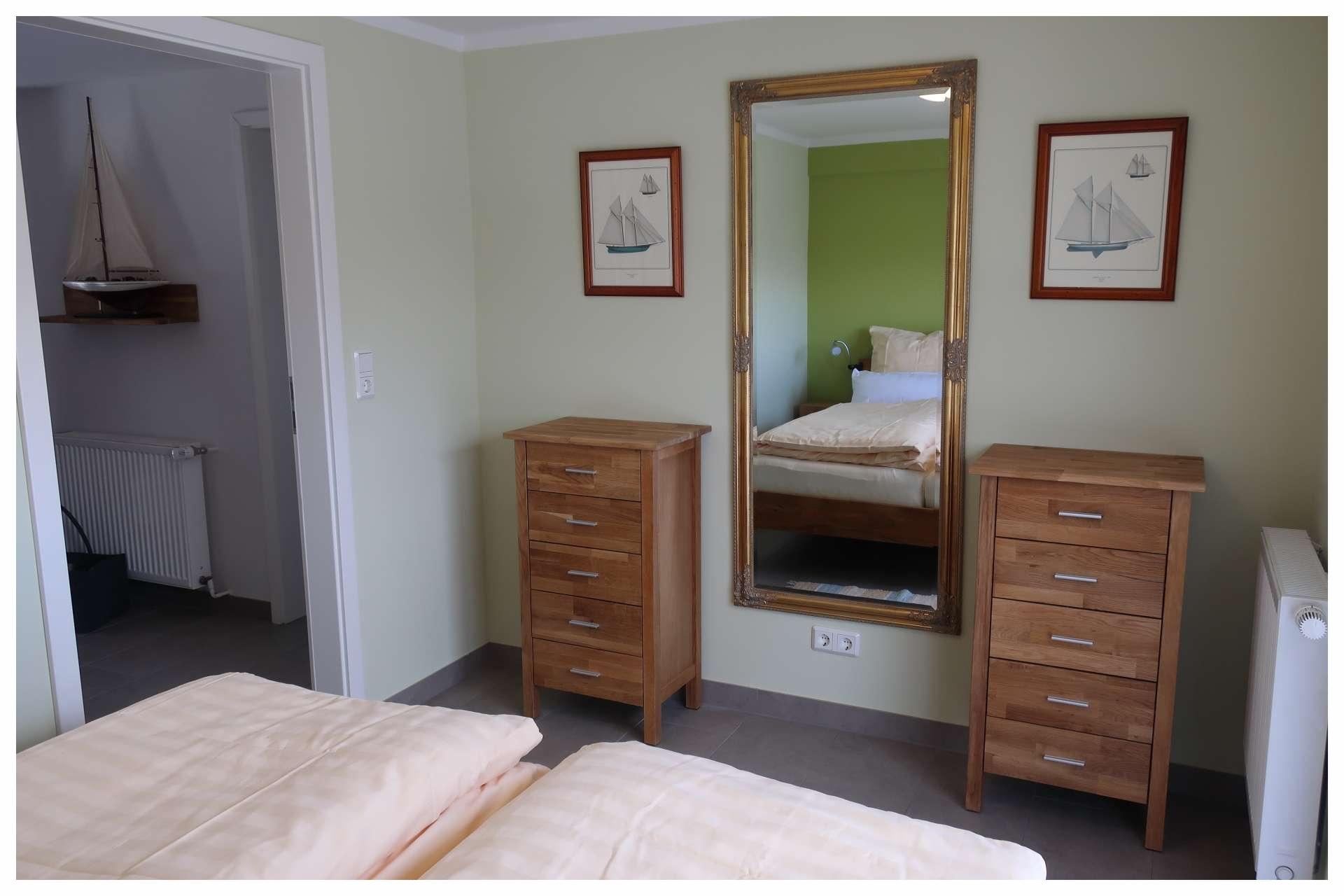 Doppelbett im Erdgeschoss
