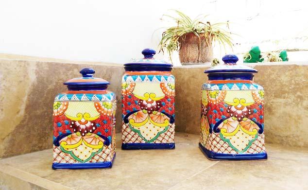 Bunte Keksdose aus Keramik - Dekorvase aus Mexiko