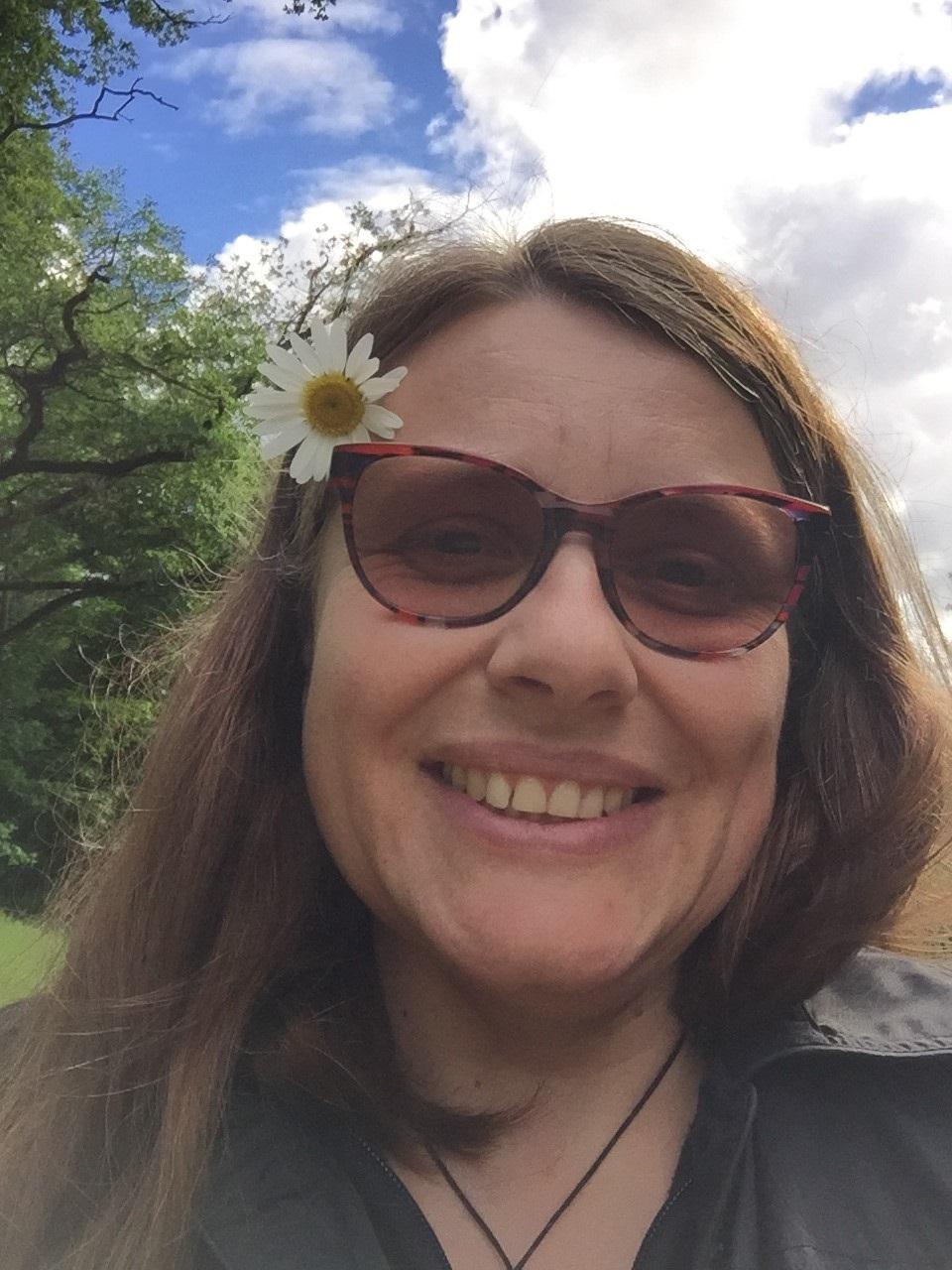 Isabelle GOUX, ex-professeur des écoles devenue SAENES