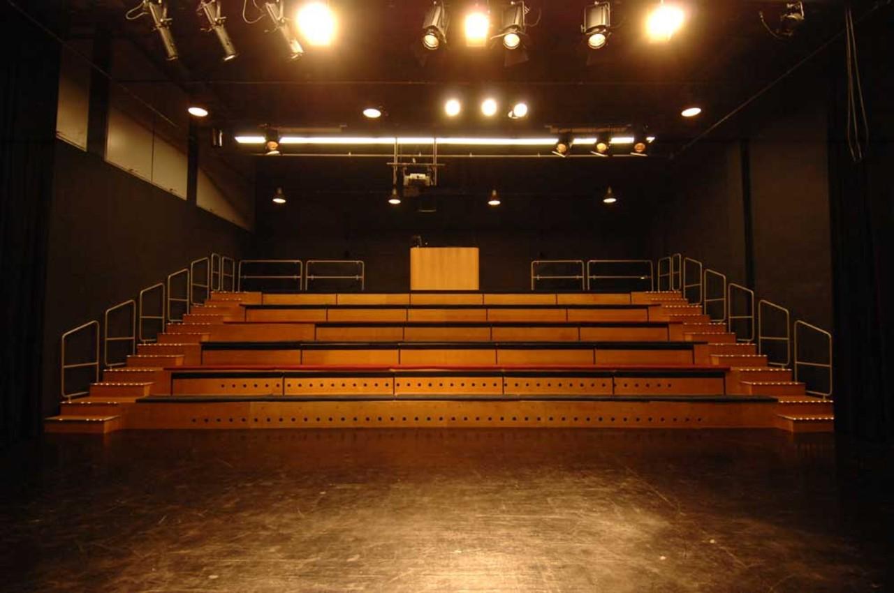 Blick auf die Zuschauertribüne / Foto: Theater Mummpitz