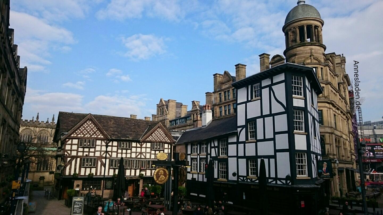 Shambles Square, Manchester