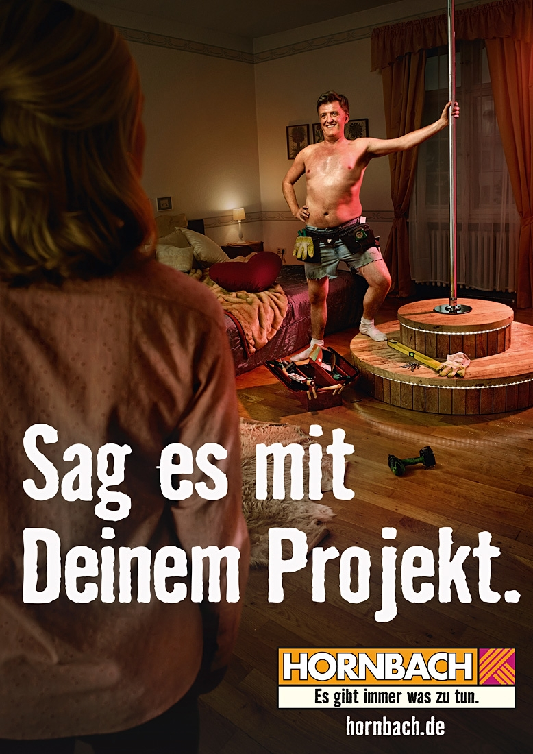 Hornbach, Ausstattung des Schlafzimmers sowie Podest-Bau, Foto: Maak Roberts