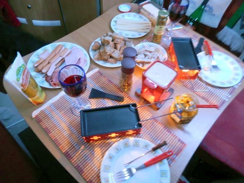 Silvester - Raclette und Käsefondue.
