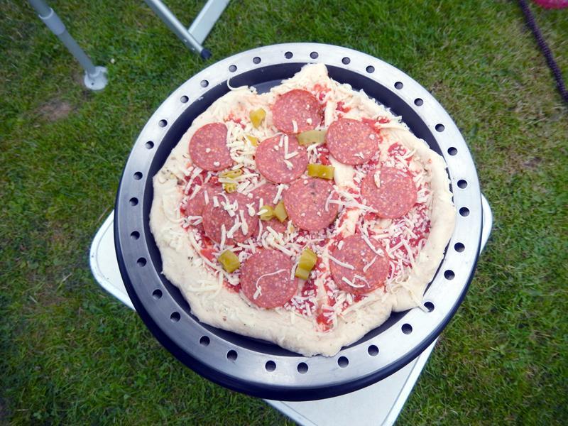 die erste Pizza hat Ihren Platz eingenommen