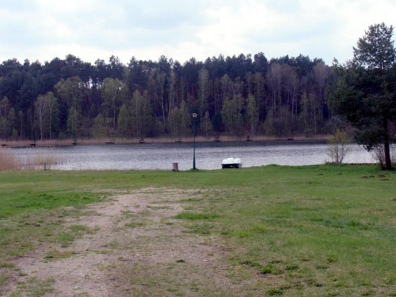 Der See. Hier hat Dirk seinen ersten Fisch geangelt.