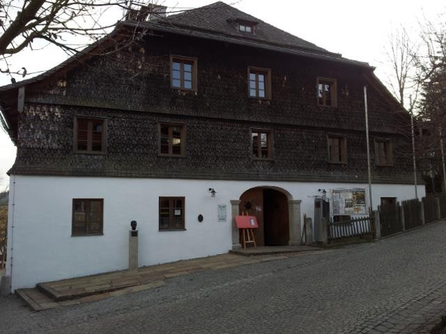 Kleiner Bummel durch den Ort.....das alte Rathaus