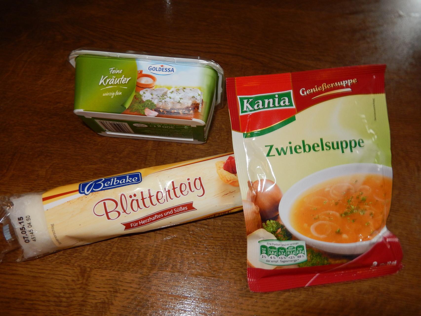 die Zwiebel-Käse-Stangen