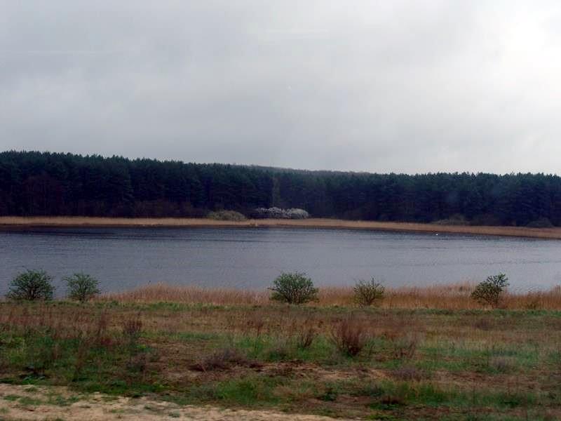 Unzählige Seen, an denen wir immer wieder vorbeikommen.