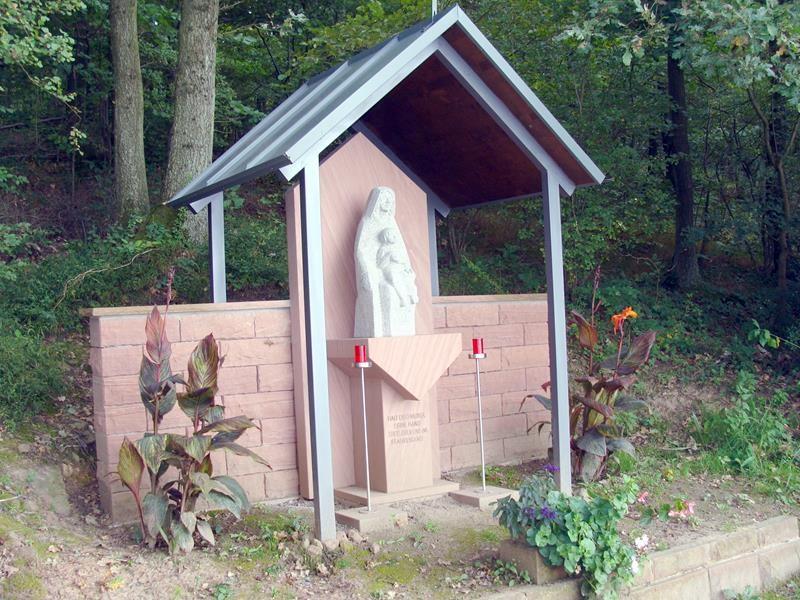 Am Wegesrand.....das katholische Bayern lässt grüßen.