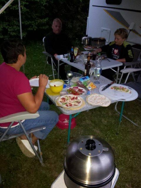 Durch Freunde von uns kamen wir auch zu Flammkuchen