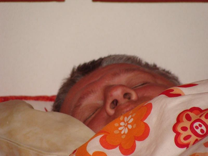 Dirk schläft noch.....tza