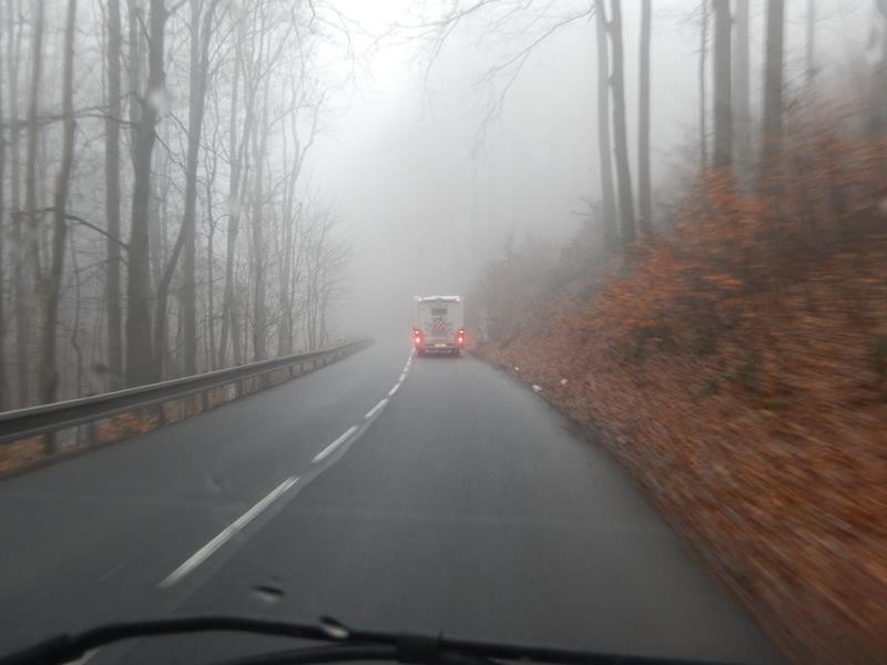Die Sicht war wirklich richtig mies, auf dem Weg von Seiffen nach Tschechien.