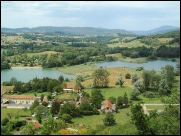 Herrlicher Blick von hier oben auf die Seen.