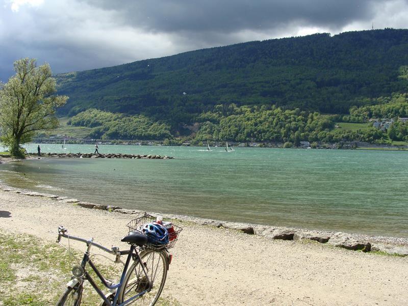Nach dem Treffen sind wir an den Bieler See gefahren, da ich mich hier noch mit einer Freundin treffen möchte.