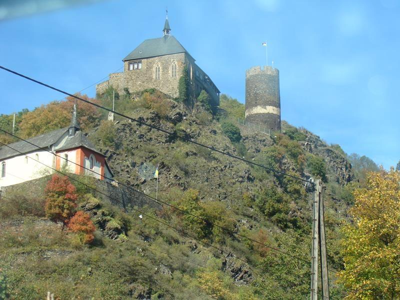Vorbei an Schlössern und Burgen