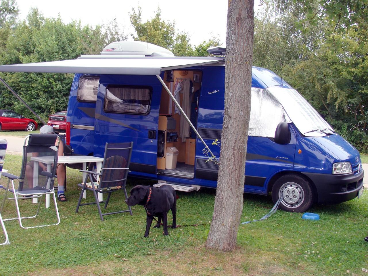 Am Brombachsee gibt es viele Möglichkeiten mit dem Wohnmobil zu stehen.