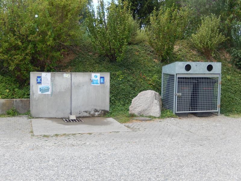 Müllentsorgung. Die VE ist in der Stellplatz-Gebühr enthalten