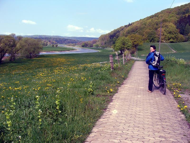 Dirk und ich machen eine Radtour nach Holzminden. Eine wirklich sehr schöne Strecke.