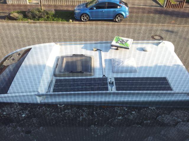 Hier kann man schon noch sehen was ich zuvor alles auf dem Dach gemacht hatte