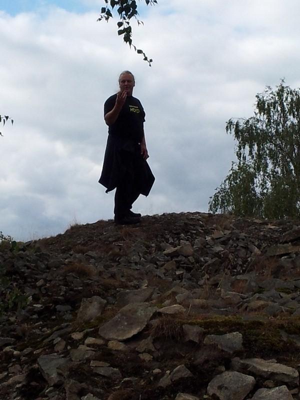 Michael scheut die Mühe nicht, den Berg zu erklimmen......
