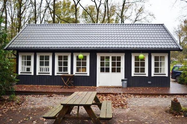 Vakantiehuis in het bos te huur huisje in het bos for Klein huisje in bos te koop
