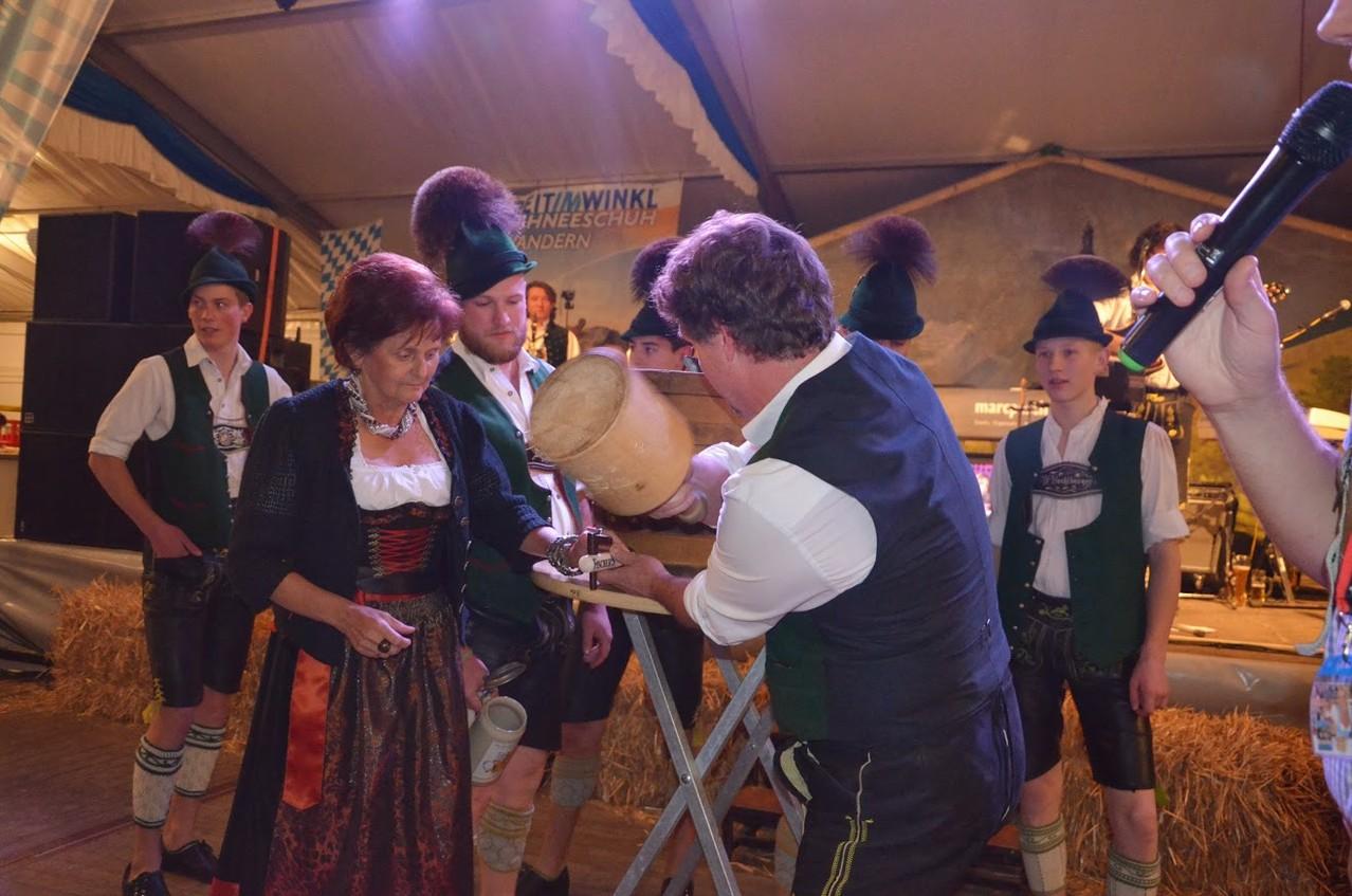 Fassantich mit Grevenbroichs Bürgermeisterin Ursula Kwasny