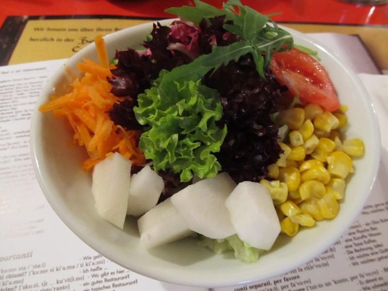 Gemischter Salat, bei uns immer frisch!