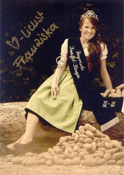 Die neue Bayerische Kartoffelgkönigin 2013 / 2014 Franziska I.