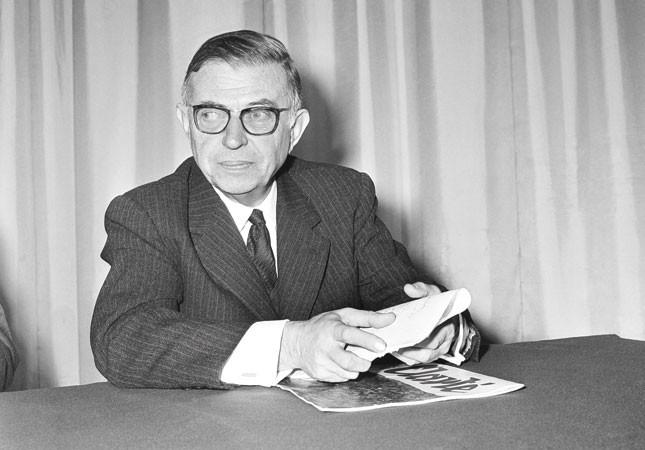 Jean Paul Sartre. 1905 - 1980 Paris Francia. Exponente del existencialismo. Filósofo, escritor, novelista, dramaturgo.