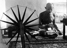 Mahanda [Mohandus] Gandhi. (India: 1869-1948). Noviolencia. Educación en el hogar