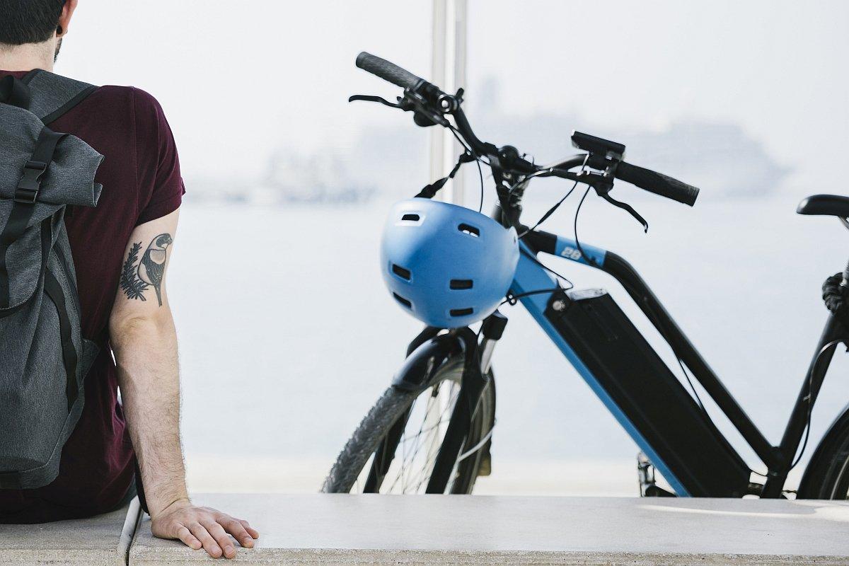 Das Fahrern mit E-Bikes wird durch ein Bikefitting sicherer und macht noch mehr Freude (Foto: freepik.com)