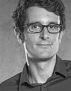 Dr. Florian Engel