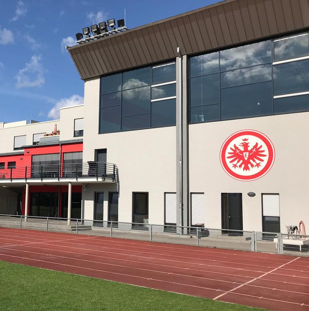Trainingsauftakt bei Eintracht Frankfurt mit Leistungstests