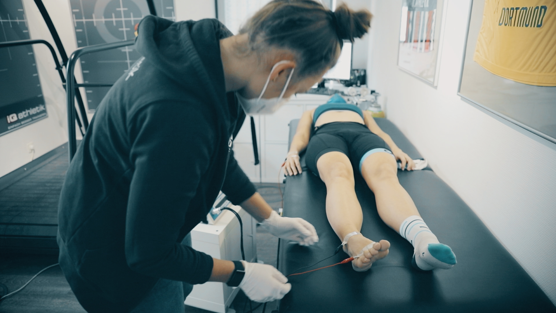 Analyse der Körperzusammensetzung (Foto: Onehandfilm)