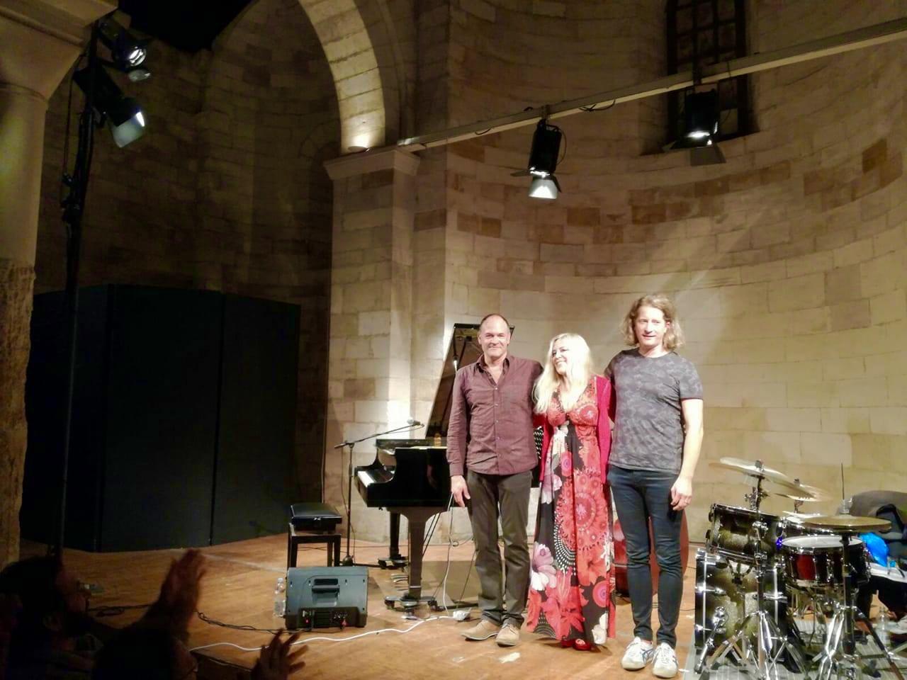 Anke Helfrich Trio: Dietmar Fuhr (b), Anke Helfrich (p), Jens Düppe (dr)