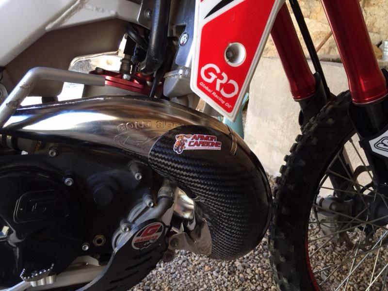 Protection carbone fmf gnarly 300 gas gas