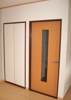 ドアのリフォーム後