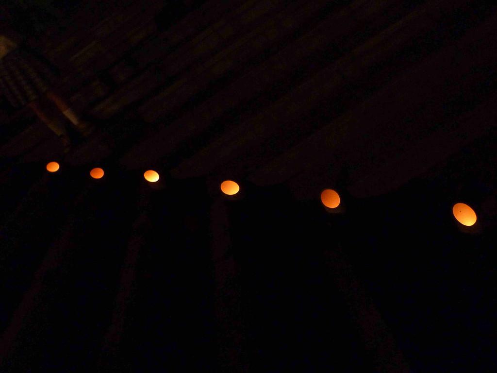 キャンドルの灯りが幻想的な