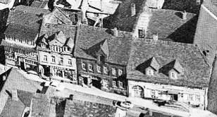 Stammsitz der Familie Rosenhain (zweites Gebäude von links) Postkartenausschnitt (Luftbild) - undatiert