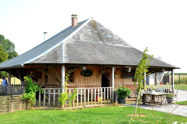 Une grange-pagode à Yaucourt-Bussus