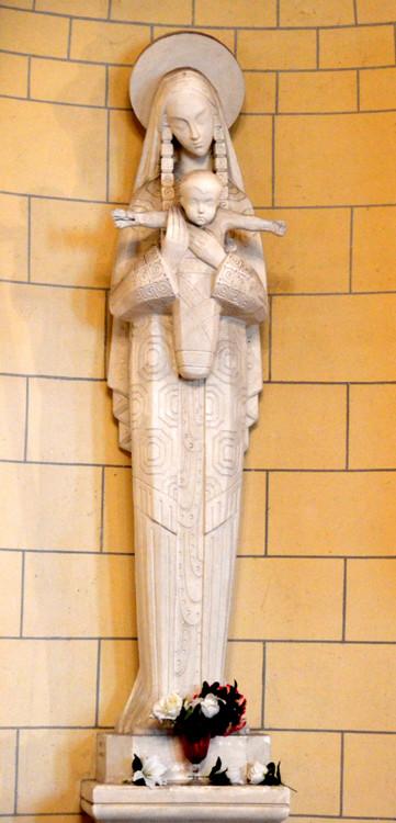 Vierge dans l'église de Villers-Tournelle
