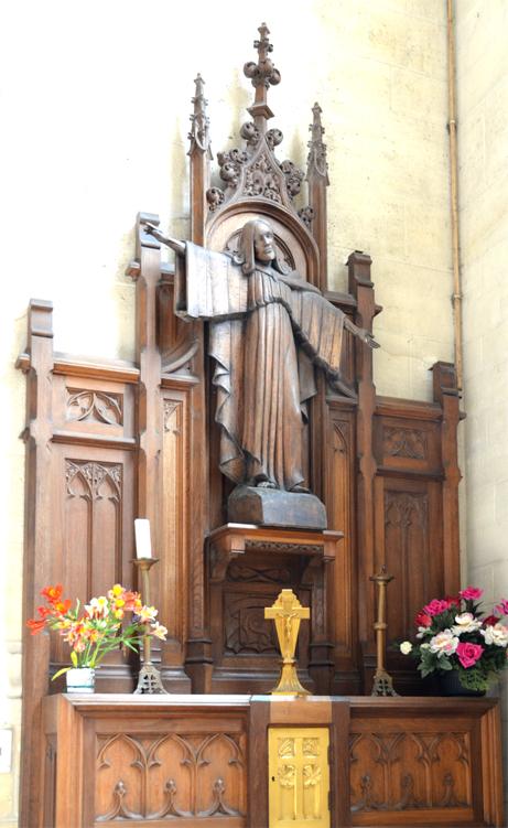 Eglise Saint-Pierre de Montdidier-Statue du Sacré Coeur