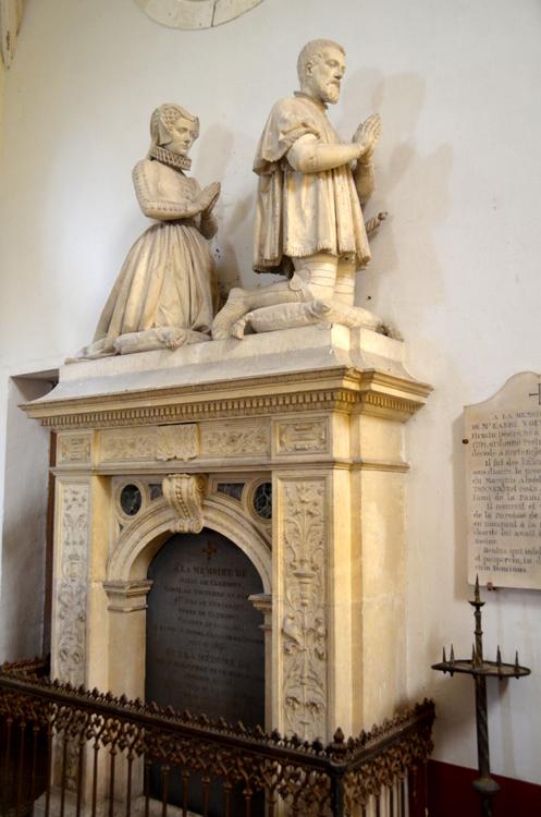 Monument funéraire dans l'église de Bertangles