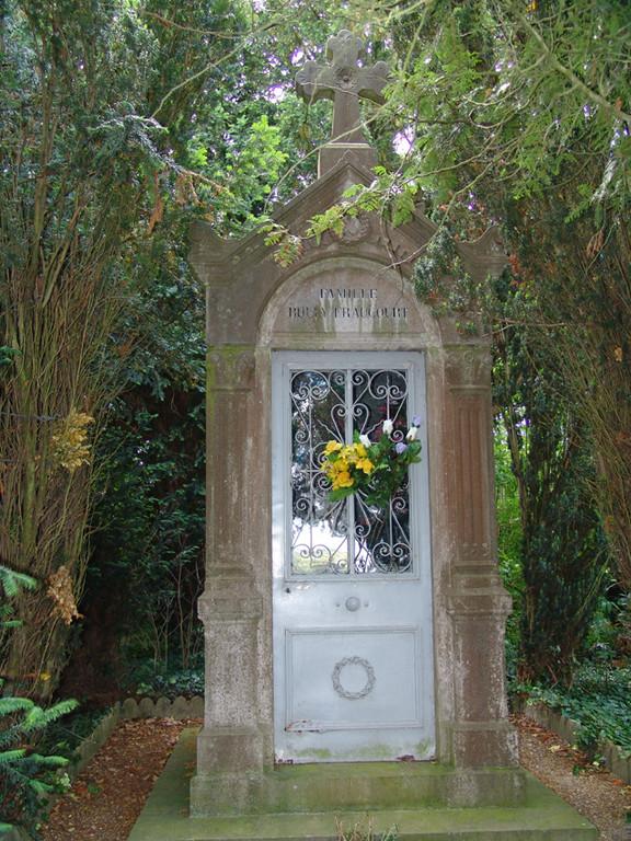 Métigny- Chapelle funéraire