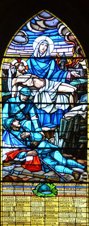 Le monument aux morts dans un vitrail: église de Pierrepont-sur-Avre