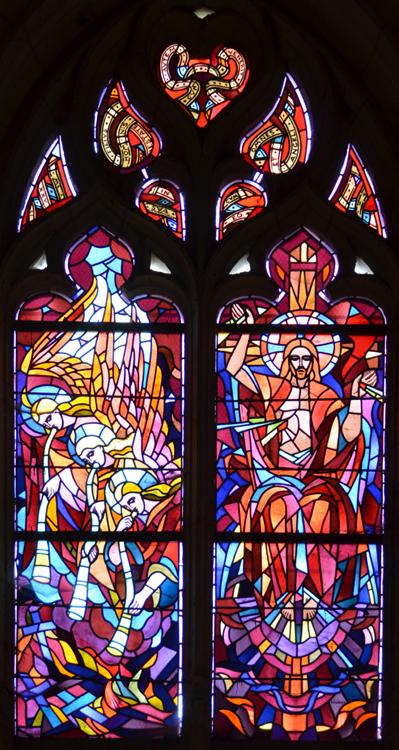Eglise Saint-Martin de Piennes- Vitrail de Paul Louzier