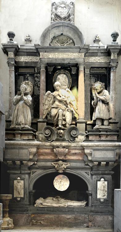 Le monument funéraire de l'église Saint-Rémi d'Amiens