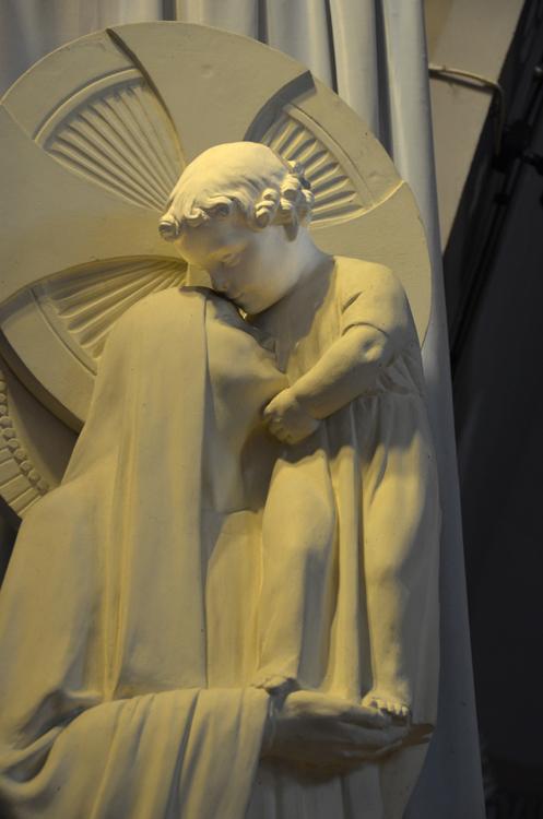 Le baiser de l'Enfant-Jésus à sa mère- Eglise de Fort-Mahon